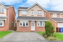 Detached house in Somerton Close, Standish...