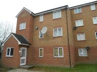 2 bedroom Flat for sale in Streamside Close...