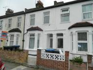 3 bed Terraced house in Chiswick Road...
