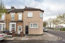 Apartment for sale in Huxley Road, London