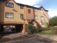 Ground Flat for sale in Glendean Court Enfield...
