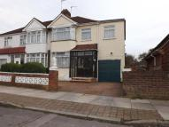 4 bed semi detached house in Nursery Close...