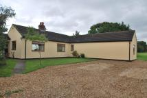 2 bed Detached Bungalow in HAPSFORD LANE, Helsby...