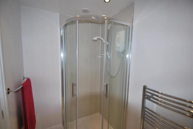 Shower Room 2.JPG