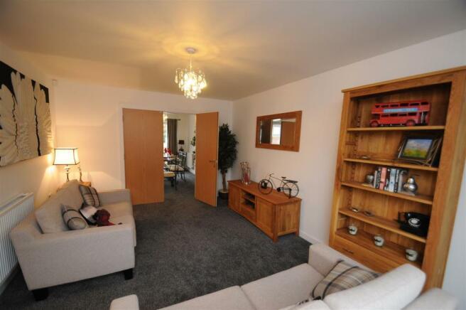 Helsby - Living Room 2.JPG