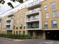 2 bedroom Flat in Monument Court - Old Town