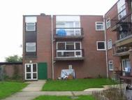 Flat in Knowle Court Ingleside...