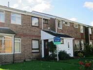 Town House to rent in Okehampton Crescent...