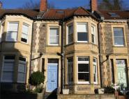 4 bed Terraced house in Cornwallis Avenue...
