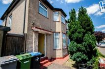 3 bed semi detached home in Monks Park, Wembley...