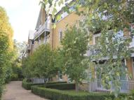 3 bed Flat in Bingley Court...