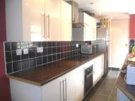 4 bedroom property to rent in Upper Luton Road...