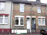 3 bed home to rent in Coronation Road, Chatham...