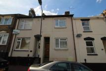 3 bed Terraced home in Castle Road, Chatham, ME4
