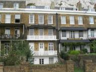 1 bedroom Flat to rent in East Cliff, Dover, CT16