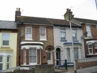 2 bedroom house in Eaton Road, Dover, CT17