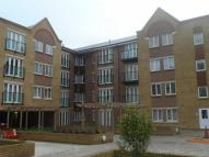Flat to rent in Black Eagle Drive...