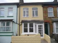 2 bed house to rent in Northcote Road...