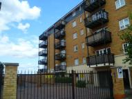 Flat in Baltic Wharf Clifton...