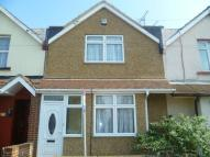 2 bedroom house to rent in Burnaby Road, Northfleet...