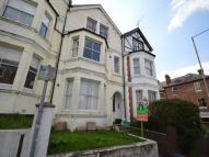 Grove Hill Road Flat to rent