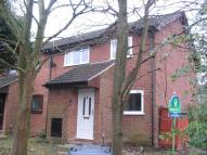 2 bedroom property in Sorrells Close, Chineham...