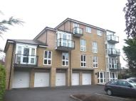 Northlands Road Flat to rent