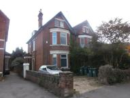Flat to rent in Howard Road, Southampton...