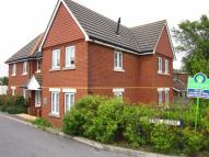 2 bed Flat to rent in Bastins Close, Park Gate...