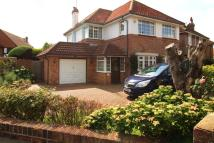 4 bed Detached home to rent in Southview Drive...
