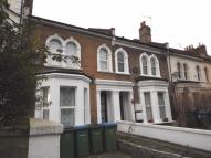 Studio apartment to rent in Herbert Road, London...