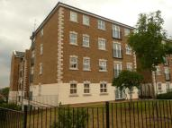 Flat to rent in Brook Square, London...