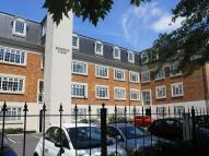 Flat to rent in Brompton Court Tweedy...