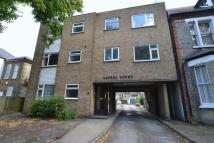 Flat in Cambridge Road, Bromley...