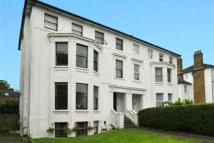 Flat to rent in Freelands Road, Bromley...