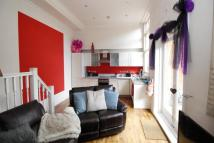 2 bed Flat in Tweedy Road, Bromley, BR1