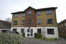 1 bed Flat in Rushmon Court Hook Road...
