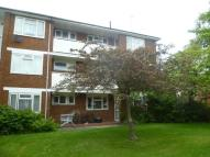 Flat to rent in Anglesea Road...