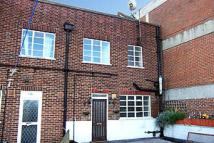 2 bed Flat in Tolworth Broadway...