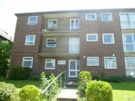 2 bedroom Flat to rent in Cranes Park Avenue...