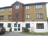 1 bed Flat in Hook Road, Surbiton, KT6