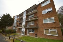 2 bed Flat to rent in Heron Court Church Hill...