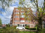 2 bed Flat in Hill Court St. Marks...