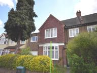 1 bedroom Flat in Lingfield Avenue...