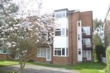 1 bed Flat to rent in Lovelace Road, Surbiton...