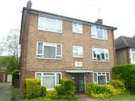 2 bedroom Flat to rent in Adelaide Road, Surbiton...