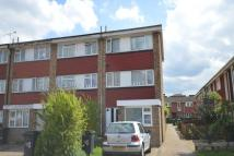 5 bed semi detached property to rent in The Retreat, Surbiton...