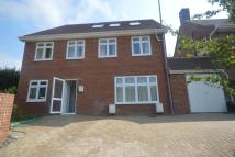 Detached home to rent in Lakers Rise, Banstead...