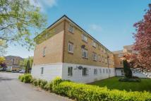 Flat in Chipstead Close, Sutton...