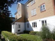 Chipstead Close Flat to rent